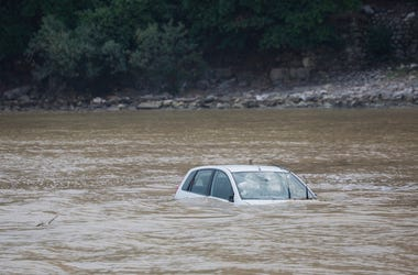 Damaged Car, Car, Floating, Underwater, Flood,