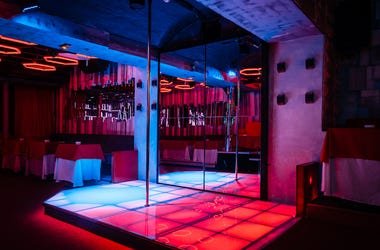 Night Club, Interior, Strip Club, Dancing, Pole, Pole Dancing