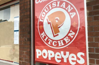 Popeyes, Restaurant, Sign, Yonkers, Brick Wall, 2018