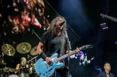 Foo Fighters, Dave Grohl, Nate Mendel, Taylor Hawkins, Live, Concert