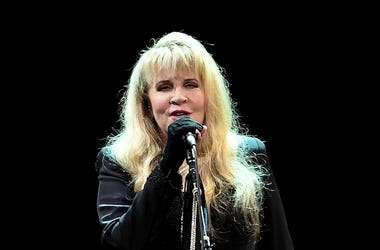 Stevie Nicks, Concert, Singing, Black, BB&T Center, 2016