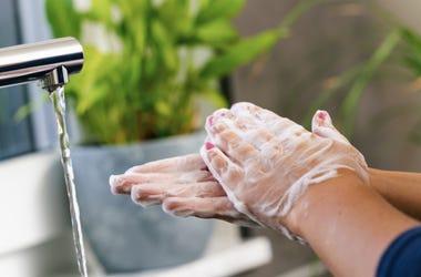 Washing_Hands