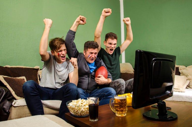 Watching_Football