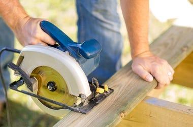 Circular Saw, Cutting, 2x4, Construction