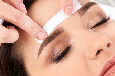 Woman, Eyebrows, Waxing, Salon