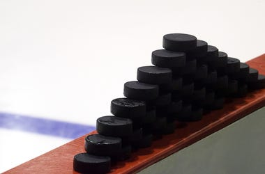 Hockey Pucks, Rink, Ice, White Background, Blur