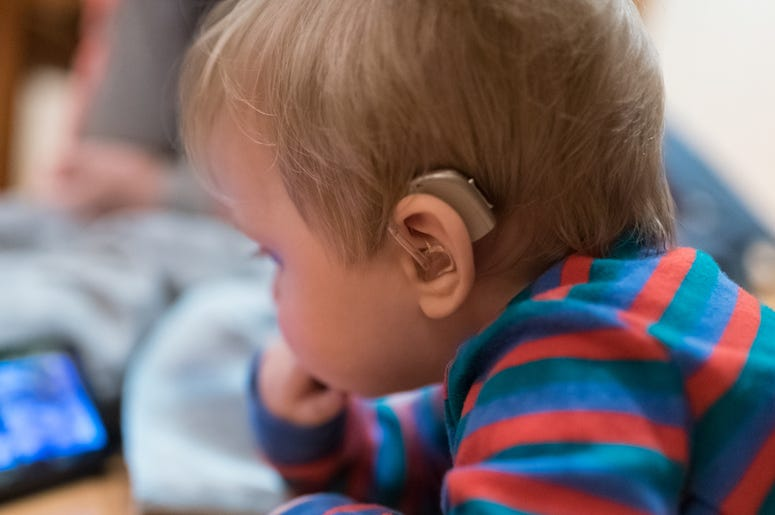 Deaf Baby, Hearing Aid