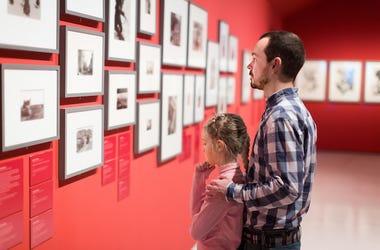 Father, Daughter, Art, Museum, Photographs,