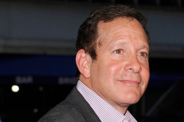 Steve Guttenberg, Suit, Red Carpet
