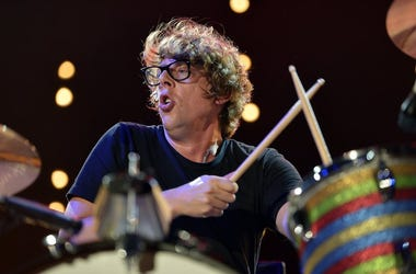 Patrick Carney, The Black Keys, Drumming, Concert, Black Shirt, 2013