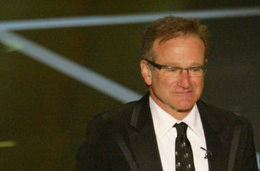 Robin Williams, Suit