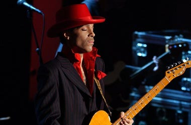 Prince, Rock and Roll Hall of Fame, Performance, Guitar Solo, Red Hat, 2004