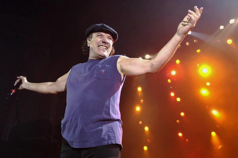 AC/DC, Brian Johnson, Concert, Posing, Smiling, 2003