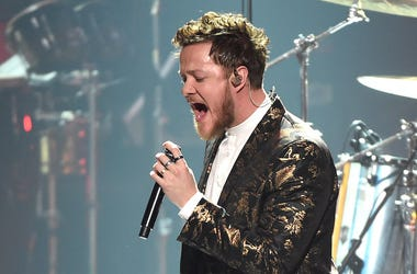 Dan Reynolds, Imagine Dragons, Concert, Singing, MusiCares Person of the Year, Fancy Suit, 2018