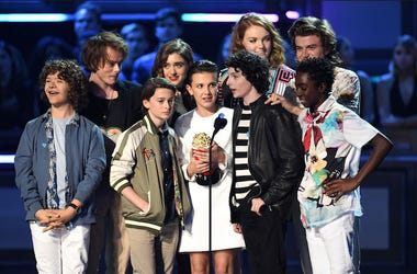 Stranger Things, Kids, Cast, MTV Awards, Golden Popcorn, Acceptance Speech, 2017