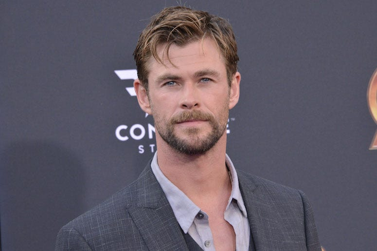 Chris Hemsworth, Suit, Red Carpet, Beard