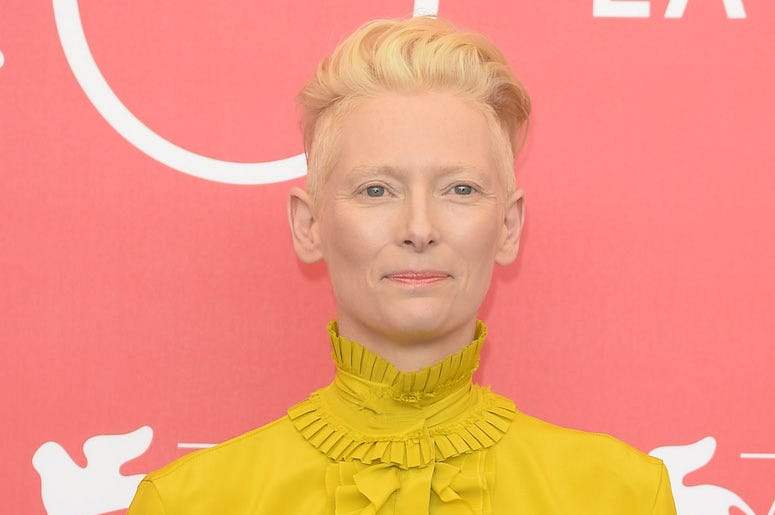 Tilda Swinton, Red Carpet, Yellow Dress, Pink Background