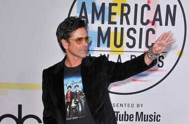 Jon Stamos, Red Carpet, American Music Awards, Jonas Brothers Shirt, 2018