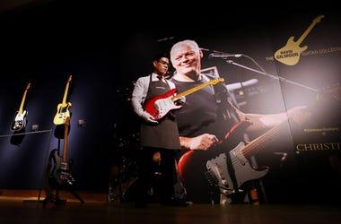 David Gilmour, Auction, Guitars, Presenter, David Gilmour Collection, Christie's, 2019