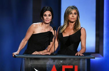 Courteney_Cox_and_Jennifer_Aniston
