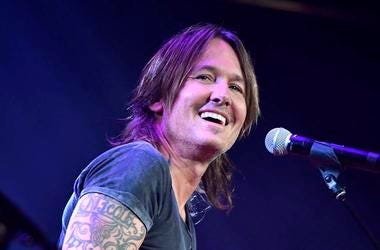 Keith Urban, Concert, Microphone, Smile