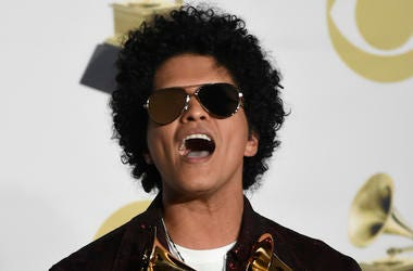 Bruno Mars, Afro, Screaming, Sunglasses, Grammys