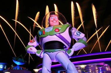 Buzz Lightyear, Toy Story, Disney, Hollywood Studios, Fireworks, 2018