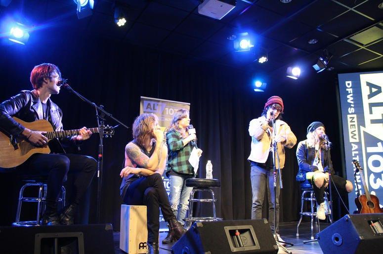 The Struts Live At The Verizon Artist Lounge
