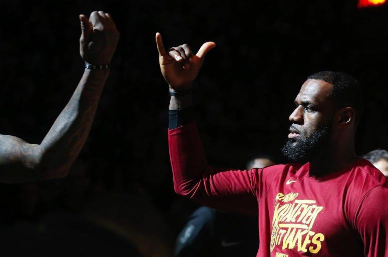 LeBron James,Signs,Official,Basketball,LA,Lakers,154 million,Contract,ALT 103.7