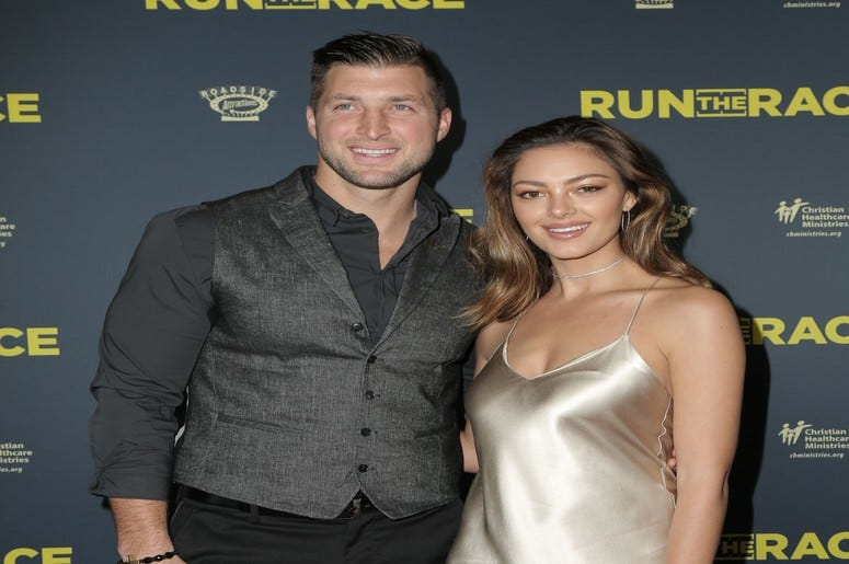 Tim Tebow, Demi-Leigh Nel-Peters