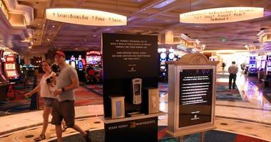 Patrons return to Vegas on 6-4-20