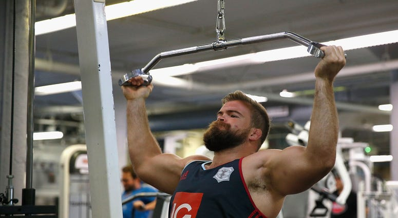 Harlequins Rugby player Rob Buchanan works out during a gym session at 24 Hour Fitness on August 5, 2016 in San Francisco, California