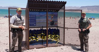 Life Jacket Stations Open at Lake Mead