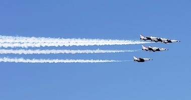 USAF Thunderbirds fly over Las Vegas on 9-1-20