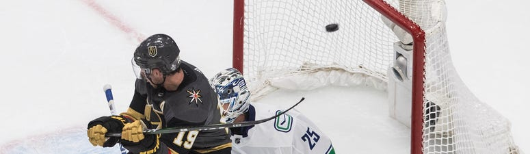 Canucks Cruise To 5-2 Win Over Vegas, Even Series 1-1