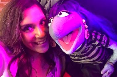 Q100.5 Midday Host Natalia Visits L.A. and Meets the Cast of The Happytime Murders