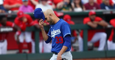 Price Makes 1st Spring Training Appearance For Dodgers