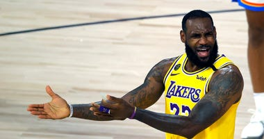 Lakers Not Exactly Rolling Along As Playoffs Approach