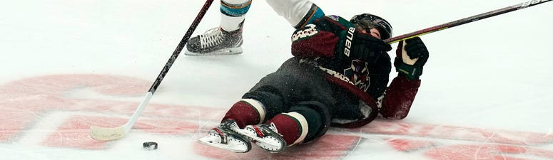 Sharks open the season with 4-3 shootout win over Coyotes