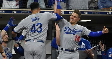 Pederson, Rios Homer in Dodgers' 6-4 win Over Padres