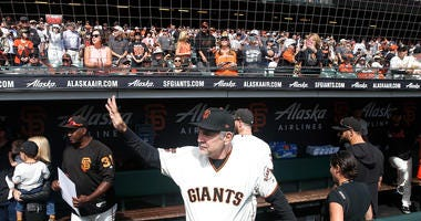 Dodgers Crush Giants In Bochy's Final Game As Manager