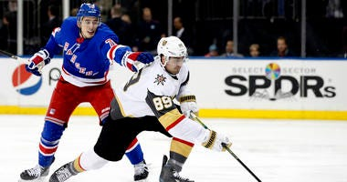 Tuch Scores 2 Early, Golden Knights Beat Rangers 4-1