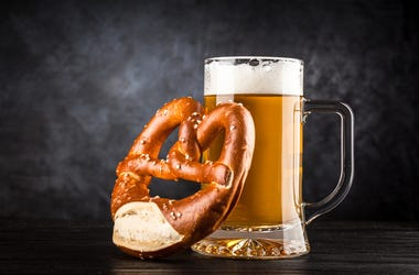 beer pretzel