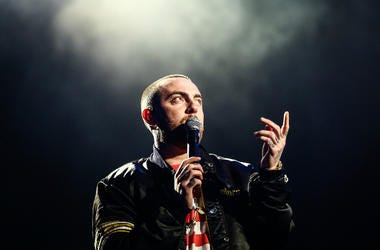 Mac Miller performs on the Camp Stage during day 1 of Camp Flog Gnaw Carnival 2017 at Exposition Park on October 28, 2017 in Los Angeles, California.