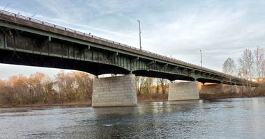 Scudder Falls Bridge as seen from the Pennsylvania side.