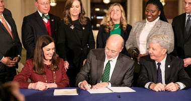 Gov. Wolf Signs Bipartisan Criminal Justice Reinvestment Initiative Bills.