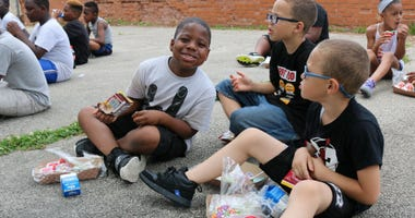 A free meal program for kids in Philadelphia returns this summer.
