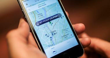 Egypt's President Abdel-Fattah el-Sissi has approved a law governing popular ride-hailing apps Uber and Careem after the companies appealed a court ruling that revoked their licenses.