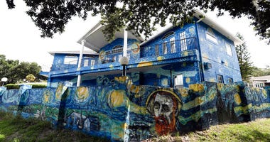 The painted exterior of the home of Lubomir Jastrzebski and Nancy Memhauseer in Mount Dora, Fla.