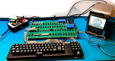 This August 2018 photo provided by RR Auctions shows a vintage Apple Computer.